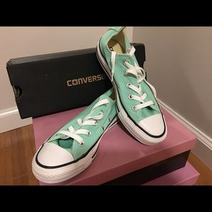 Converse Chuck Taylor All Star in Mint